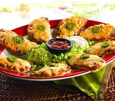 TGI Friday's tostado nachos (an appetizer that also makes