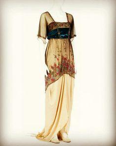 Evening dress, 1915