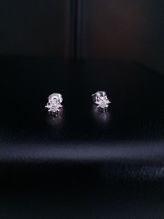 Solid 14k White Gold Natural Diamond Round Cut Stud Earrings .15 ct. G SI1  #GDD #Stud