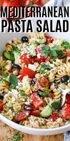 Aug 2019 - A healthy Mediterranean pasta salad is always a hit with my family and friends. Made with cucumbers, olives, artichokes, chickpeas, and feta cheese and topped with a homemade Greek dressing. It is a filling side but so easy to make. Tuna Salad Pasta, Greek Salad Pasta, Pasta Salad Italian, Soup And Salad, Food Salad, Pasta Salad With Cucumber, Salad With Feta Cheese, Recipes With Feta Cheese, Pasta Salad Recipes Cold