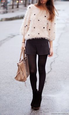 Oversize fluffy sweater with shorts Fall Outfits, Cute Outfits, Look Short, Look Fashion, Fashion Tips, Street Fashion, Fashion Ideas, Fluffy Sweater, Favim