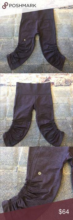 NWOT! Lululemon in the Flow Crop II Size 4! NWOT! Lululemon in the Flow Crop II Heathered Black Grape!!! Size 4 💋 lululemon athletica Pants Leggings