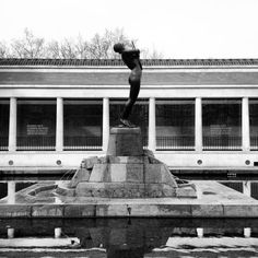 Museo de Bellas Artes, Bilbao. Bilbao, Basque Country, Statue Of Liberty, Instagram Posts, Travel, Polo, Cities, Antique Photos, Museums