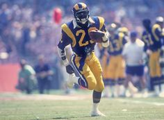 Top 50 draft picks in NFL history Running Fashion, Running Style, Eric Dickerson, Dodgers, Nfl Championships, Nfl Football Players, La Rams, Nfl History, Football Conference