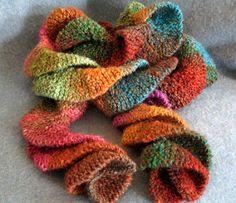 maggierama: Rotini Scarf : 3 skeins of Noro silk Knitting Short Rows, Knitting Club, Loom Knitting, Free Knitting, Knitting Toys, Knitting Projects, Crochet Scarf Easy, Knit Or Crochet, Crochet Scarves