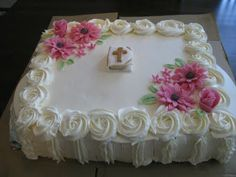 Thick stripes with rosette border= amazing sides, and takes the cake. Cake Decorating Techniques, Cake Decorating Tutorials, Confirmation Cakes, Baptism Cakes, Bible Cake, First Holy Communion Cake, Cross Cakes, Religious Cakes, Birthday Sheet Cakes