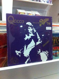 Queen en @OldboxStore hoy de 2pm a 10pm en Larco1036 Miraflores @GiovanniCiccia