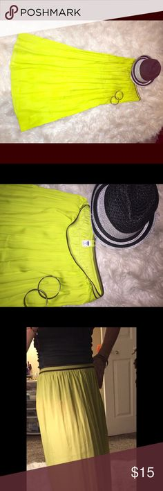 """NEON LIME Maxi Skirt Old Navy Awesome, bright and fun neon maxi skirt. XS with elastic waist. Polyester fabric, is flowy but not peasant-like! Lol. Way too long for me otherwise I'd never ever let this go. Third photo shows sheerness. Amazing with boy shorts or just rock some tights and boots with a denim jacket! Sad to see it go, never worn!! :( @38"""" long. Old Navy Skirts Maxi"""