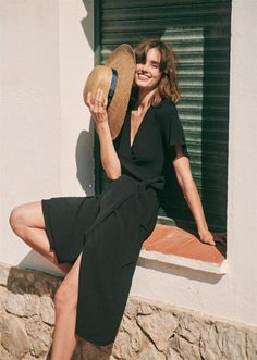 The Daily Hunt: Sezane Summer and more! - Katie Considers-The Daily Hunt: Sezane Summer and more! Fashion Casual, Black Women Fashion, Fashion Outfits, Womens Fashion, Style Fashion, Fashion Clothes, Fashion Ideas, Classy Fashion, Fashion Hats