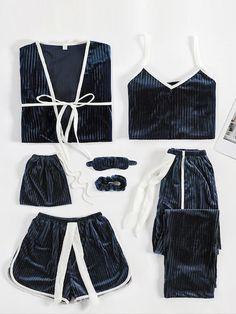 Velvet Cami Pajama Set With Robe -SheIn(Sheinside) - Lingerie Pajamas For Teens, Cute Pajamas, Pajamas Women, Cute Sleepwear, Lingerie Sleepwear, Bridal Nightwear, Satin Pyjama Set, Pajama Set, Pajama Outfits