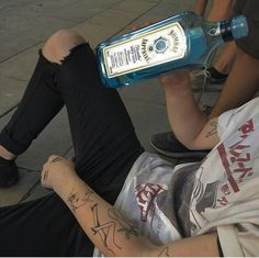 guts and glory : Photo Alcohol Aesthetic, Aesthetic Boy, Aesthetic Grunge, Aesthetic Clothes, Grunge Boy, Soft Grunge, Tumblr Boys, Indie, Bad Boys