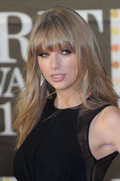 Taylor Swift - celebrity hairstyles