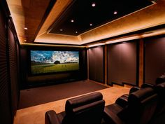 Home theaters setup Home Theater Designs From CEDIA 2014 Finalists Home Theater Decor, Best Home Theater, Home Theater Rooms, Home Theater Design, Home Theater Seating, Cinema Room, Installation Home Cinema, Sala Grande, Home Theatre