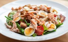 Maaltijdsalade met zalm Chef Recipes, Kitchen Recipes, Healthy Recipes, Food N, Food And Drink, Lunch To Go, Antipasto, I Love Food, Lunches