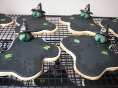 Melted witch cookies