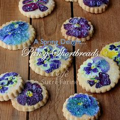 Melt-in-Your-Mouth Pansy Shortbreads
