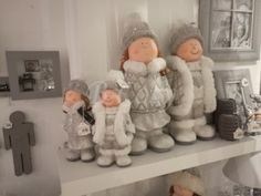 "J-Line Wit-grijze kinderen in de winter kind zittend s 35H Assortiment van 2 stuks <span style=""font-size: 0.01pt;"">Jline-by-Jolipa-56758-kind-kinderen-enfant-hiver-online-winkel-online-shop-on</span>"