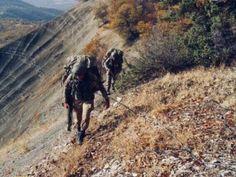 Güvenlik güçlerinin Şırnak Bestler-Dereler bölgesinde yürüttüğü terör operasyonundan fotoğraflar paylaşıldı.