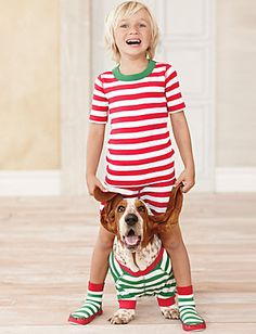 """Looking for some Christmas card ideas that are sure to make your relatives say """"Aw""""? Look no further than these kids and dogs dressed up together. Basset Hound, Basset Puppies, Hound Dog, Hush Puppies, Matching Pajamas, Matching Outfits, Dogs And Kids, Animals For Kids, Christmas Dog"""