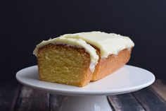 A delicious low FODMAP lemon cake with frosting. Just like the Starbucks cake! Tangy and fresh. Gluten-free and with lactose-free option.