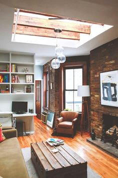 Small Living Room with Skylight http://rilane.com/living-room/15-astonishingly-bright-living-rooms-with-skylight/