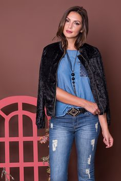 #debrummodas #coleção #calça #jeans #blusa #bomber #veludo #molhado #modafeminina #moda #fashion #style #estilo