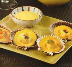 Ingredientes: 2 docenas de conchas de abanico 4 limones 4 ajíes amarillos 1/2 cebolla roja 100 gr de queso fresco 1/2 paquete de ...