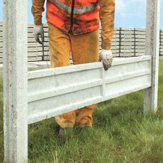"""Garden Article: """"Constructing Your Own Fence Panels At Home."""""""