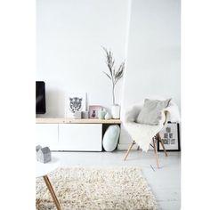Eiffel chair // throw // living room