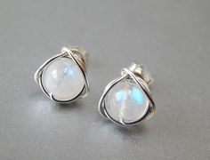 Hey, I found this really awesome Etsy listing at https://www.etsy.com/listing/174866948/rainbow-moonstone-stud-earrings-small