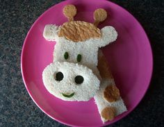 Giraffe sandwich... click the link to also see the monkey sandwich