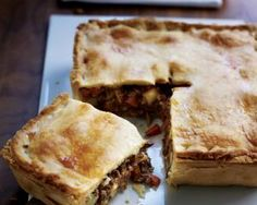 Shortcrust pastry Recipes - Meat and potato pie. Savory Pastry, Shortcrust Pastry, Savoury Baking, Savoury Pies, Pastry Recipes, Cooking Recipes, Meat Pie Recipes, Potato Recipes, Sausage Meat Recipes