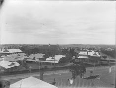 013791PD: Perth Children's Hospital (foreground) and Perth Modern School, Subiaco, ?1925. http://encore.slwa.wa.gov.au/iii/encore/record/C__Rb4521389__SPerth%20Children%27s%20Hospital%20and%20Perth%20__Orightresult__U__X6?lang=eng&suite=def