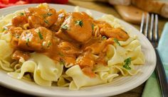 This chicken paprikash recipe is colorful and tasty and very nice served with egg-noodles. Chicken Paprikash Recipe from Grandmothers Kitchen. Best Dishes, Food Dishes, Hungarian Chicken Paprikash, Paprika Recipes, Hungarian Recipes, Chicken And Dumplings, Slow Cooker Chicken, Chicken Paprikash Slow Cooker, Chicken Recipes