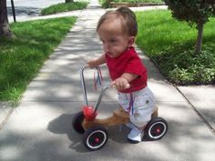 Toddler with achondroplasia