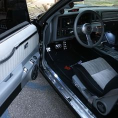 Photo by Barron Magee 1987 Buick Grand National, Mo Money, Buick Regal, Cool Websites, Chevy, Cars, Motorbikes, Autos, Car