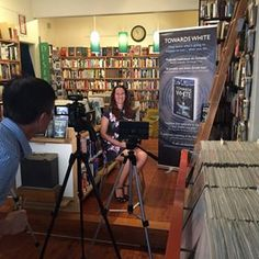 Big thanks to the @ThomasKeneally Centre @SydneyMSA for the video interview today - my first one! And to Dom @Desire_Books for hosting :)
