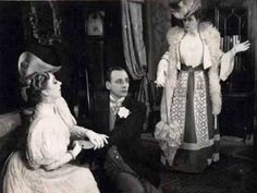John Gielgud and Edith Evans in The Importance of Being Earnest (1951) -...