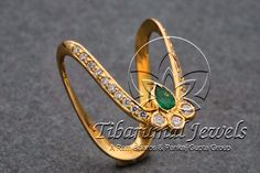 "Super Always love a ""vanki"" ring Gold Jewelry Simple, Gold Rings Jewelry, Pendant Jewelry, Baby Jewelry, Gold Earrings Designs, Gold Jewellery Design, Gold Designs, Bridal Jewellery, Vanki Ring"
