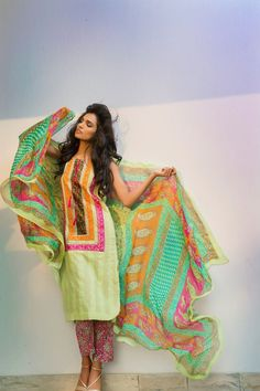 Shirin Hassan Summer Collection 2015 #summerlawn #lawn2015 #amnailyas #shirinhassan