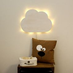 Wandlampe mit indirektem Licht in Form einer Wolke, eigent sich auch fürs Kinderzimmer / nursery wall lamp, little cloud, ambient light made by deinewandkunst via DaWanda.com