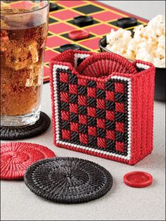 Plastic Canvas - Coaster Patterns - Other Patterns - Checkers Coasters