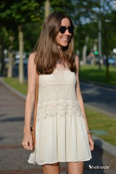 Beige Sleeveless Lace Crochet Chiffon Dress - Sheinside.com