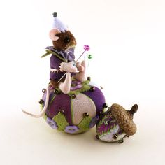 OOAK 2016 Fully Jointed ~ Elfrik Mouse-kin ~ Pin Cushion & Acorn by Janie Comito #AllOccasion