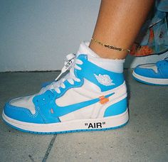 Price of New Nike Off-White Air Jordan 1 Blue / OW sneakers online Jordan Shoes Girls, Girls Shoes, Ladies Shoes, Jordan Basketball Shoes, Ladies Sandals, Shoes Women, Zapatillas Nike Jordan, Souliers Nike, Basket Style