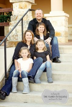 http://www.timeframedphotography.com - nice family photo pose on steps