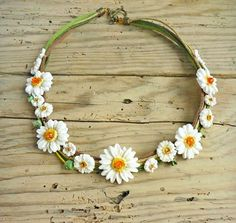 Daisy necklace White daisy necklace Floral by JewelryByCompliment