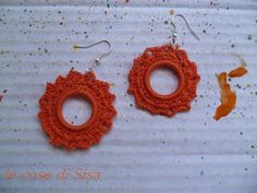Uncinetto con cotone arancio