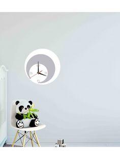 Najširšia ponuka hodín v rôznych farbách pre dokonalú stenu priamo od výrobcu.  Moderné nástenné dekoračné hodiny. Hodiny sú vyrobené z akrylového skla PMMA. Tento materiál /plexisklo/ má moderný a estetický vzhľad, je ľahké a 6 krát silnejšie ako obyčajné sklo. Plexisklo je pružný materiál dokonalý na výrobu kreatívnych doplnkov. Je výborným dekoratívnym doplnkom a dokonale odráža slnečné svetlo. Vďaka svojej odolnosti voči UV žiareniu a vlastnostiam materiálu nevyžaduje zvláštnu údržbu a… Home Decor, Homemade Home Decor, Interior Design, Home Interiors, Decoration Home, Home Decoration, Home Improvement