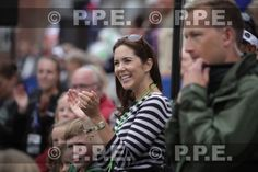 Noblesse & Royautés:  Crown Princess Mary supports her husband Crown Prince Frederik during his Ironman Triathalon